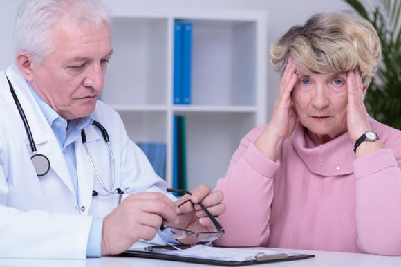 http://www.selbyspine.org/wp-content/uploads/2018/07/doctor-with-worried-senior-patient-getty_large.jpg